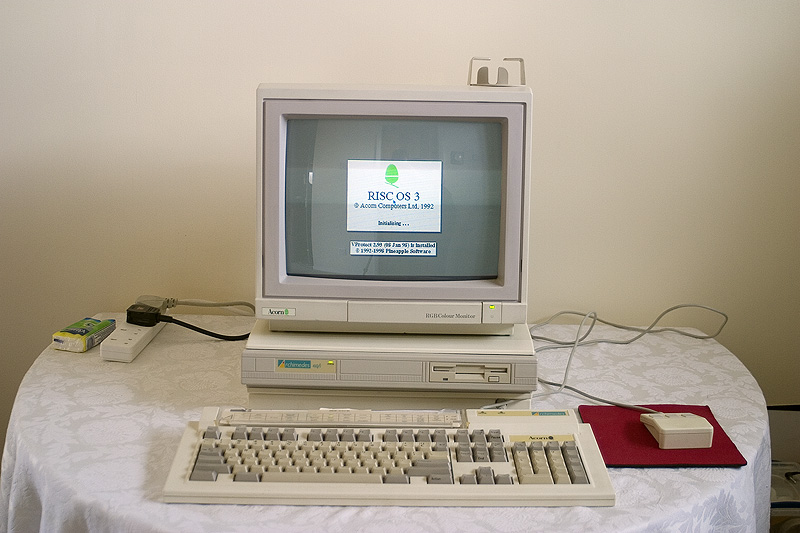 Acorn Archimedes A410/1