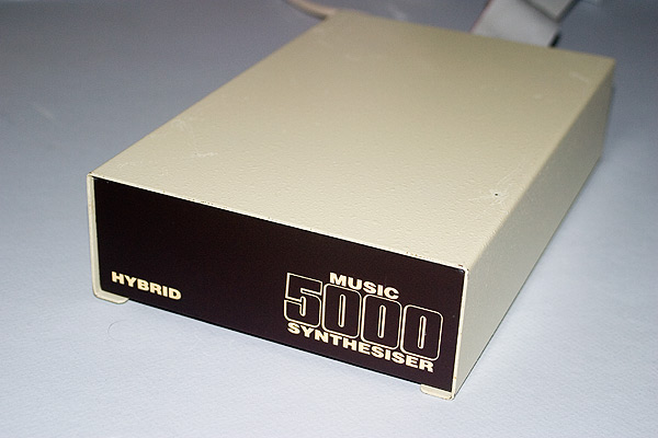 Hybrid Music 5000 Synthesiser