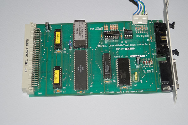 The U/M/A interface card in detail